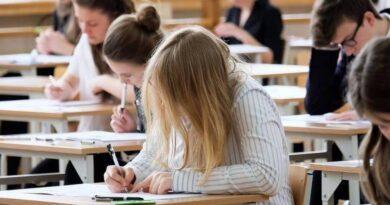 Egzamin ósmoklasisty 2020: wkrzywym zwierciadle rankingu